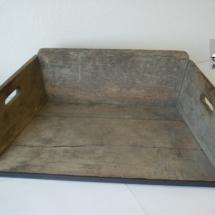 Šutrovačka - truhlík na přenášení štěrku, 1. polovina 20. století, inv. č. 50.8